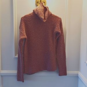 Wool Mauve Colored Turtle Neck Sweater